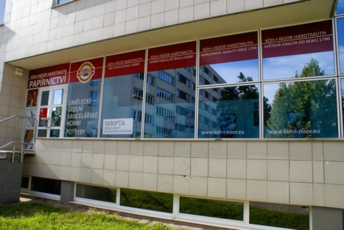 kupastudio_KIN BrandStore Pardubice UPCE-05