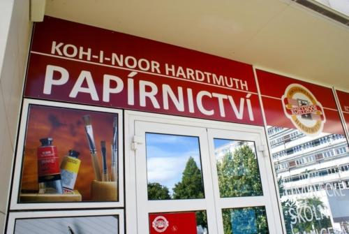 kupastudio_KIN BrandStore Pardubice UPCE-06