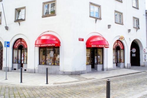 kupastudio_KIN BrandStore České Budějovice-01