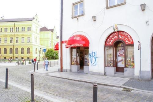kupastudio_KIN BrandStore České Budějovice-02