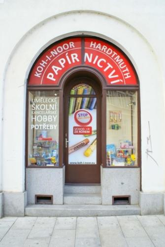 kupastudio_KIN BrandStore České Budějovice-05